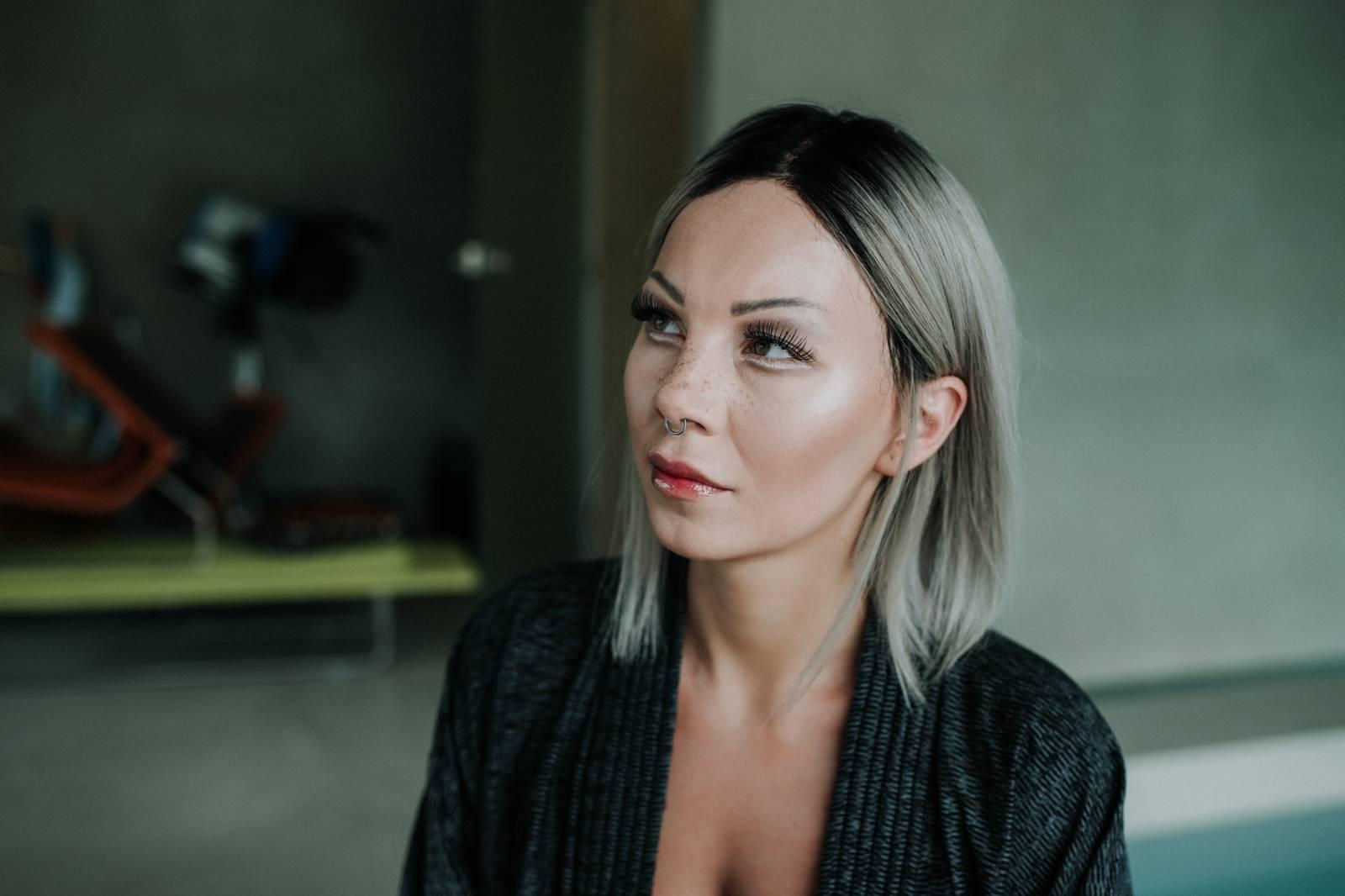 Giudi pokřtí nový klip v Mono Fono, slibuje strhující vizuální estetiku