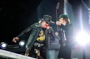 AC/DC prý nahrávají nové album. Zpívat na něm bude Axl Rose