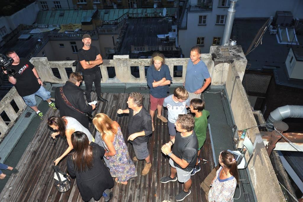 Michal Hrůza a Anna K. připravili duet. Videoklip natáčeli na střeše pražské Lucerny