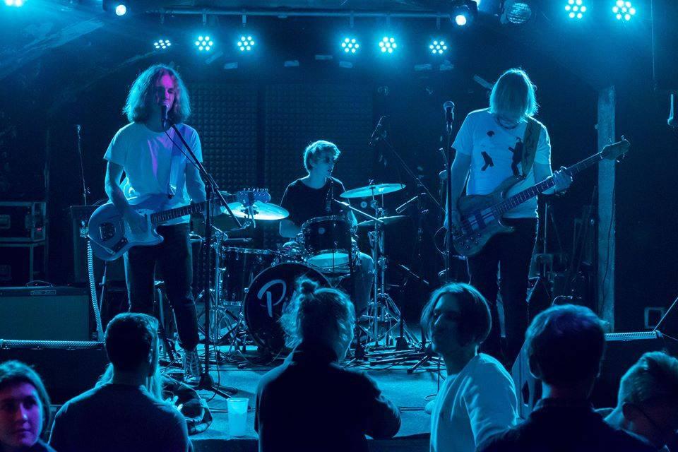 V Chapeau Rouge se bude řvát za slávu: Lazer Viking a Cigarette Syndrome podpoří začínající kapely