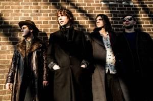 Hrdinové indie rocku Razorlight zahrají poprvé v Praze. Po deseti letech mají novou desku