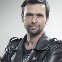 Zemřel muzikálový herec a moderátor Rockparády Robert Hlavatý. Bylo mu padesát let