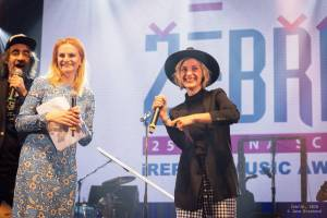 Žebřík v České televizi: Triumf Tomáše Kluse, oslava Vladimíra Mišíka, show Divokýho Billa i Mydy Rabycad