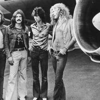 K padesáti letům Led Zeppelin vzniká dokument. Natáčení se účastní Robert Plant, Jimmy Page i John Paul Jones