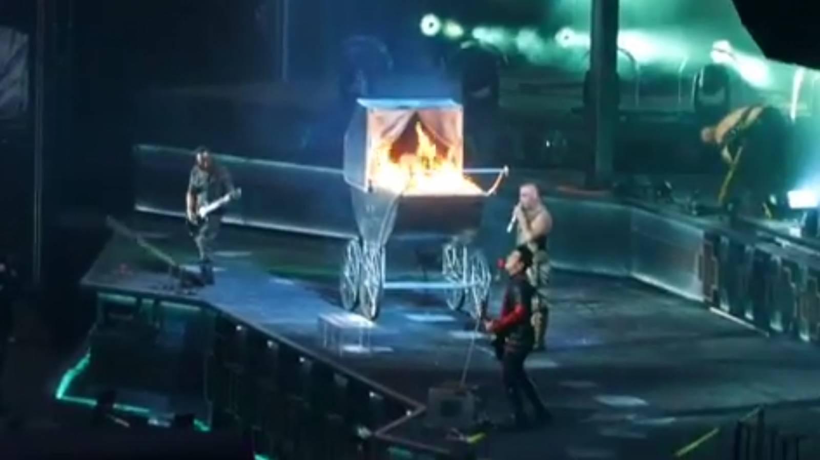 Jak vypadá nové turné Rammstein, na které se můžeme těšit v Praze? Je plné ohně a efektů