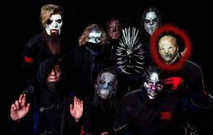 Fanoušci na internetu se snaží odhalit tajemnou identitu nového člena Slipknot. Jsou už blízko?