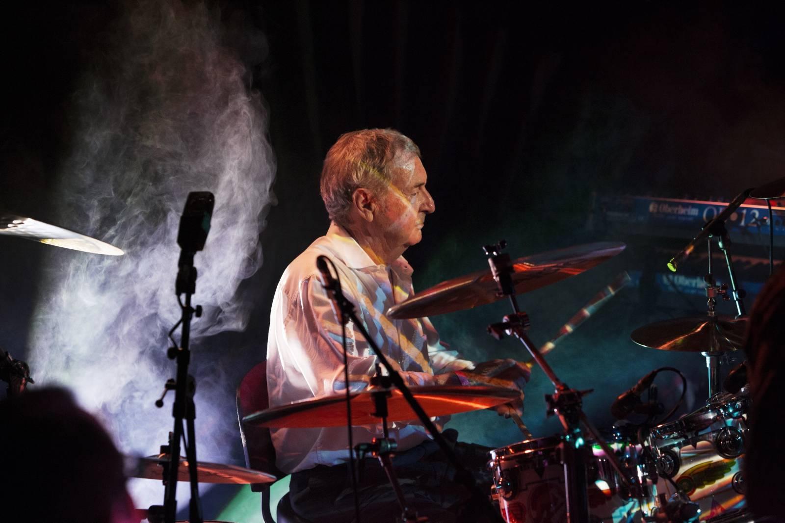 Pražský koncert bubeníka Pink Floyd se blíží. Nick Mason představí v Lucerně ranou tvorbu ikonické kapely