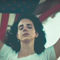 AUDIO: Lana Del Rey nahrála písničku o masových útocích střelnou zbraní v Americe
