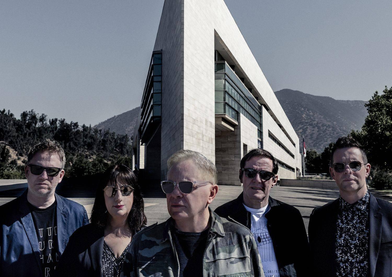 Koncert New Order se pro velký zájem přesouvá do větších prostor. Místo Lucerny proběhne ve Foru Karlín