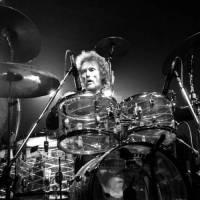 Zemřel ikonický bubeník Ginger Baker, spoluhráč Erica Claptona z Cream