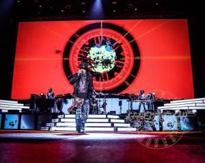 Guns N' Roses se vrátí na místo činu. Po třech letech znovu obsadí Letňany