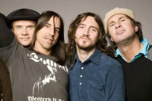 Red Hot Chili Peppers hlásí velký návrat. Znovu s nimi bude hrát kytarista John Frusciante