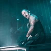 Till Lindemann z Rammstein byl hospitalizován, test na koronavirus byl negativní