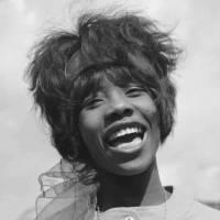 Zemřela zpěvačka, která proslavila píseň Mně se líbí Bob. Millie Small byla první jamajská superstar