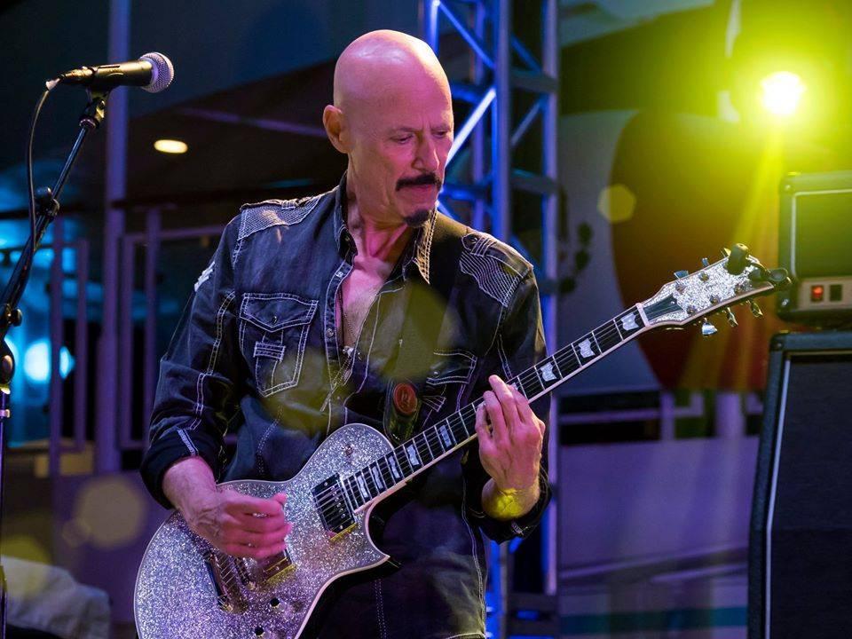 Zemřel kytarista Bob Kulick. Měl prsty v zásadních deskách Kiss nebo W.A.S.P.