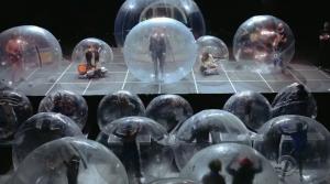Na koncerty v obřích bublinách. Předpověděli Flaming Lips budoucnost?