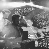 Klubové koncerty hudební ceny Vinyla budou. K deseti letům zahrají Oldřich Janota, 7krát3 nebo Kurvy Češi
