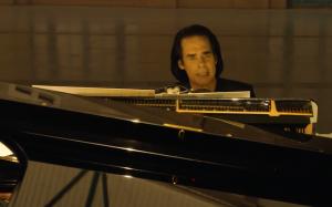 Nick Cave se postavil za The Pogues. BBC se nelíbí vulgarismy ikonického vánočního hitu a změnilo text Fairytale Of New York