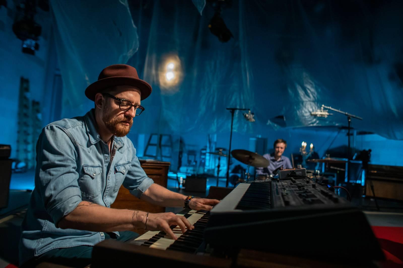 JazzFestBrno míří na obrazovky, přivítá Ondřeje Pivce nebo Roberta Balzara s Danem Bártou