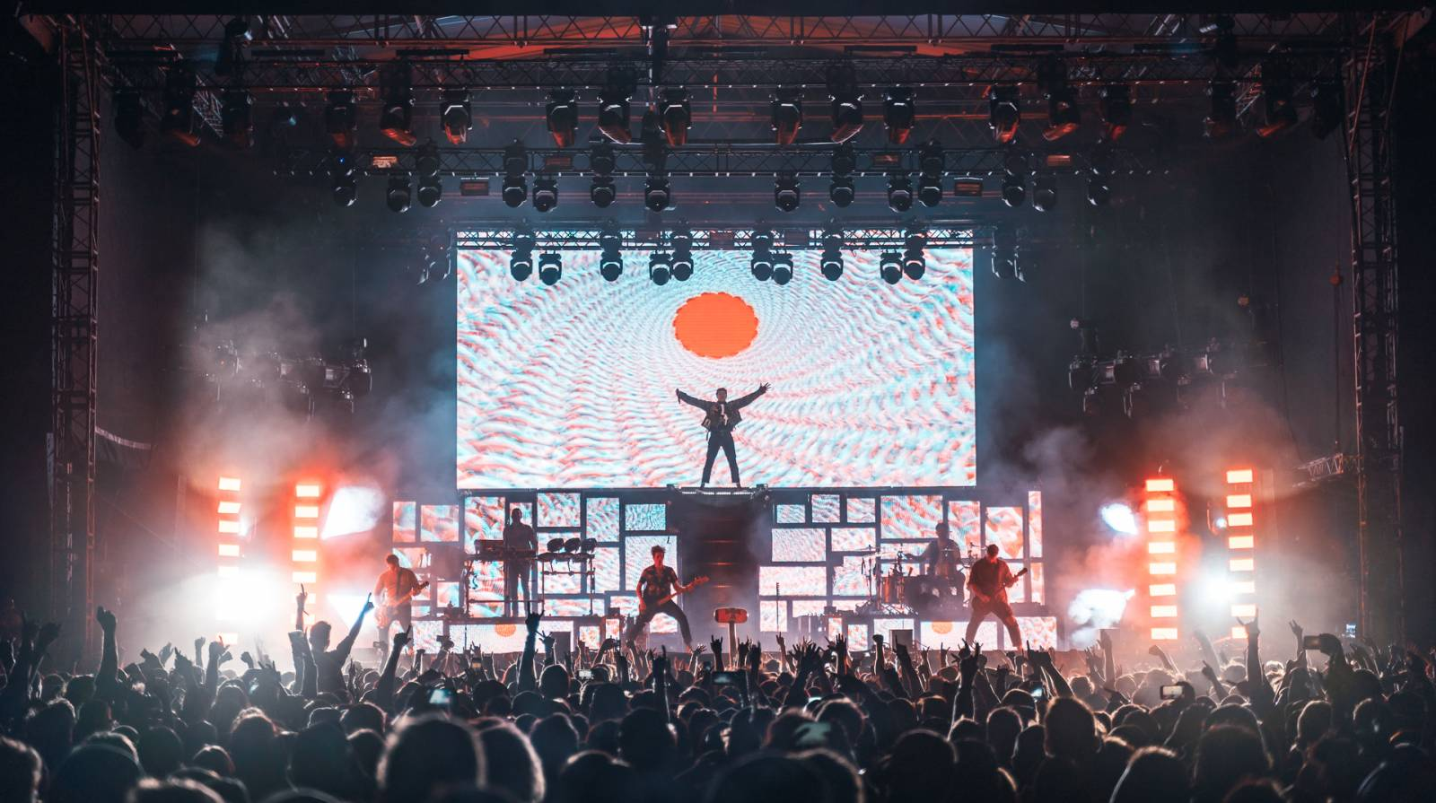 Green Day nepřijedou do Česka ani letos, Rock for People přesouvá letošní ročník festivalu