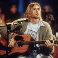 Vlasy Kurta Cobaina se vydražily za přibližně 300 tisíc korun
