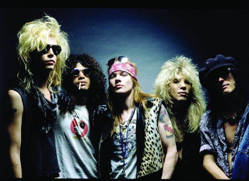 BIZÁR TÝDNE: Guns N' Roses vydají čtyřpísňové EP, nové nahrávky ale nečekejte