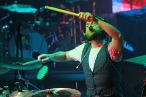 LIVE: Brněnský koncert Tata Bojs byl radost od A do Z