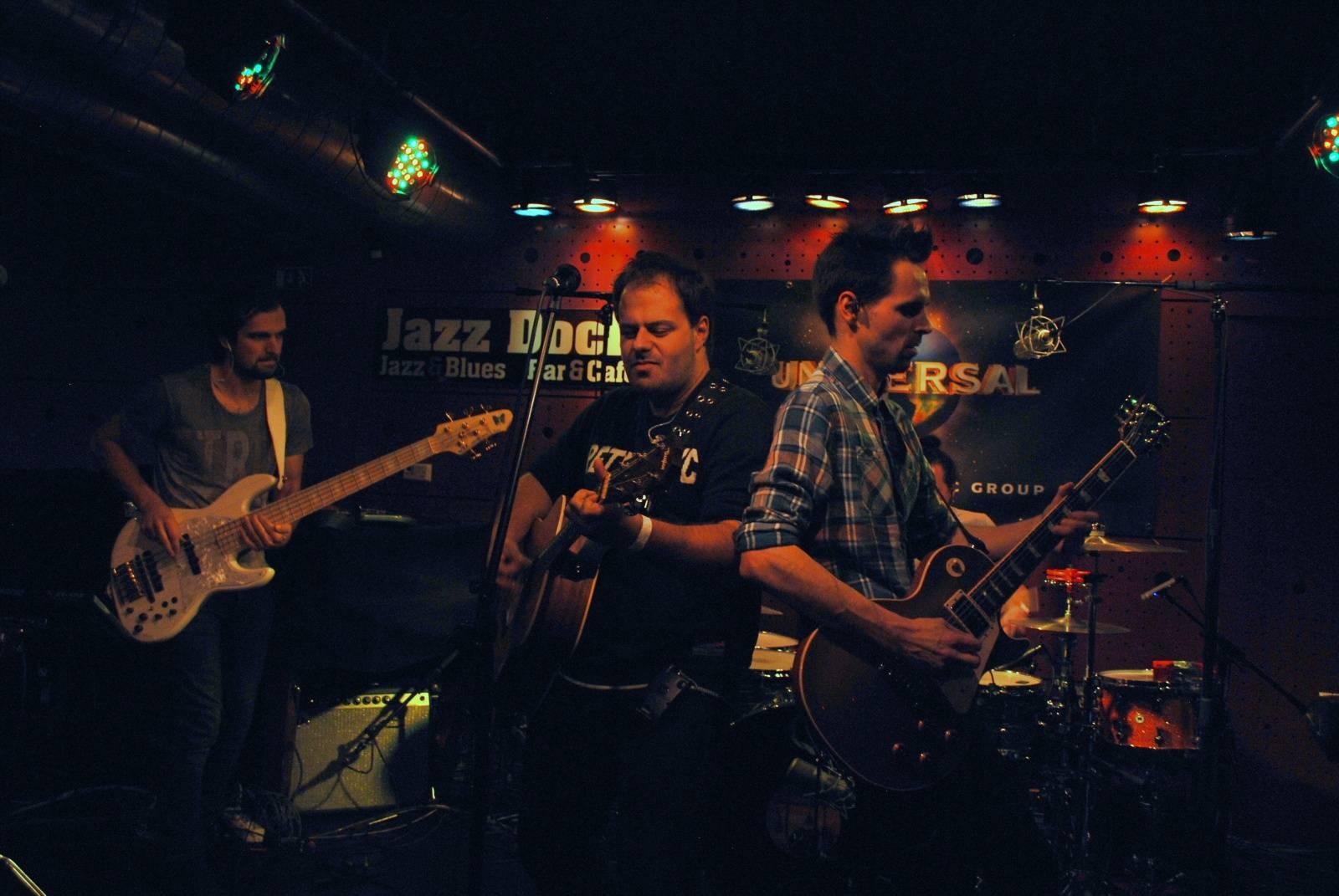 LIVE: V Jazz Docku se rozdávaly desky ze zlata a platiny, mají je Michal Horáček a spol. i Xindl X