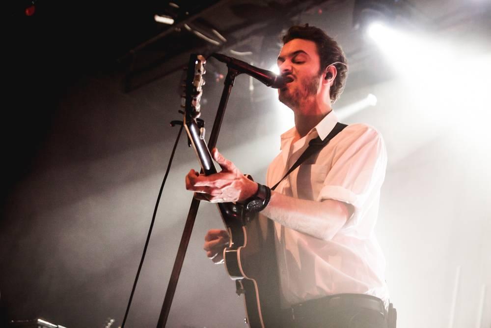 LIVE: Editors skončili v Praze dvě písně pod vrcholem