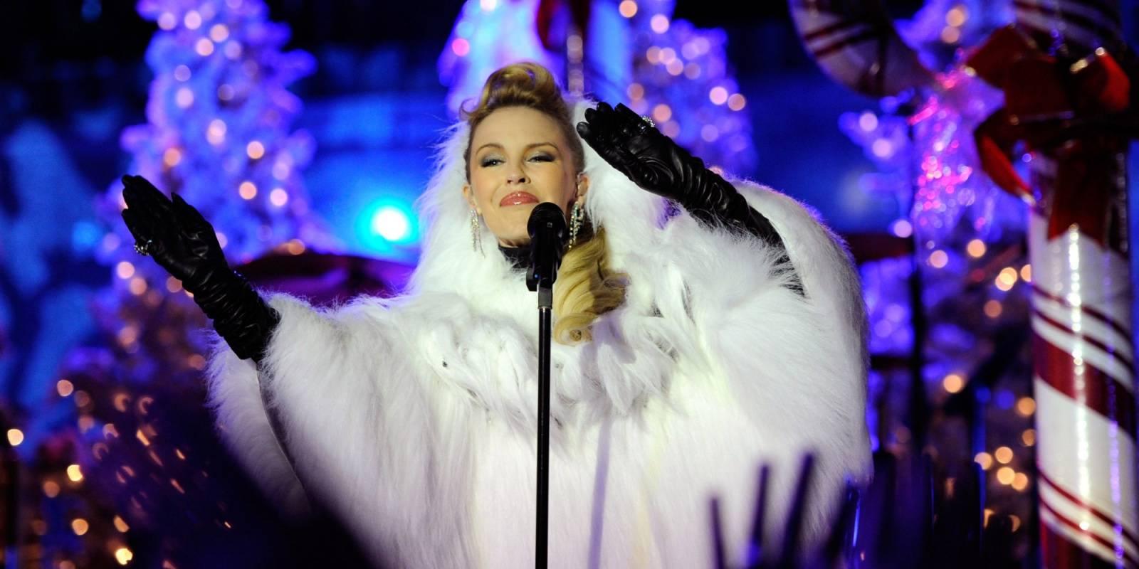 RECENZE: Vánoce podle Kylie Minogue: Santa Claus, láska, rolničky a hou hou hou
