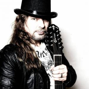 RECENZE: Petr Kolář nažehlil rock pro popové posluchače