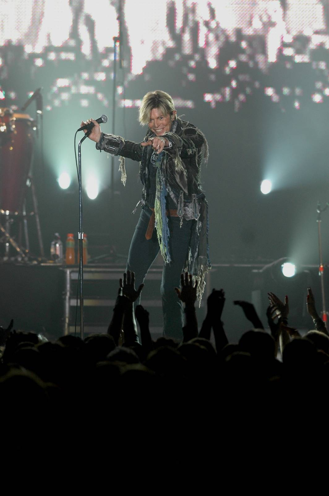 RETRO: Svou poslední pražskou show v roce 2004 David Bowie nedohrál