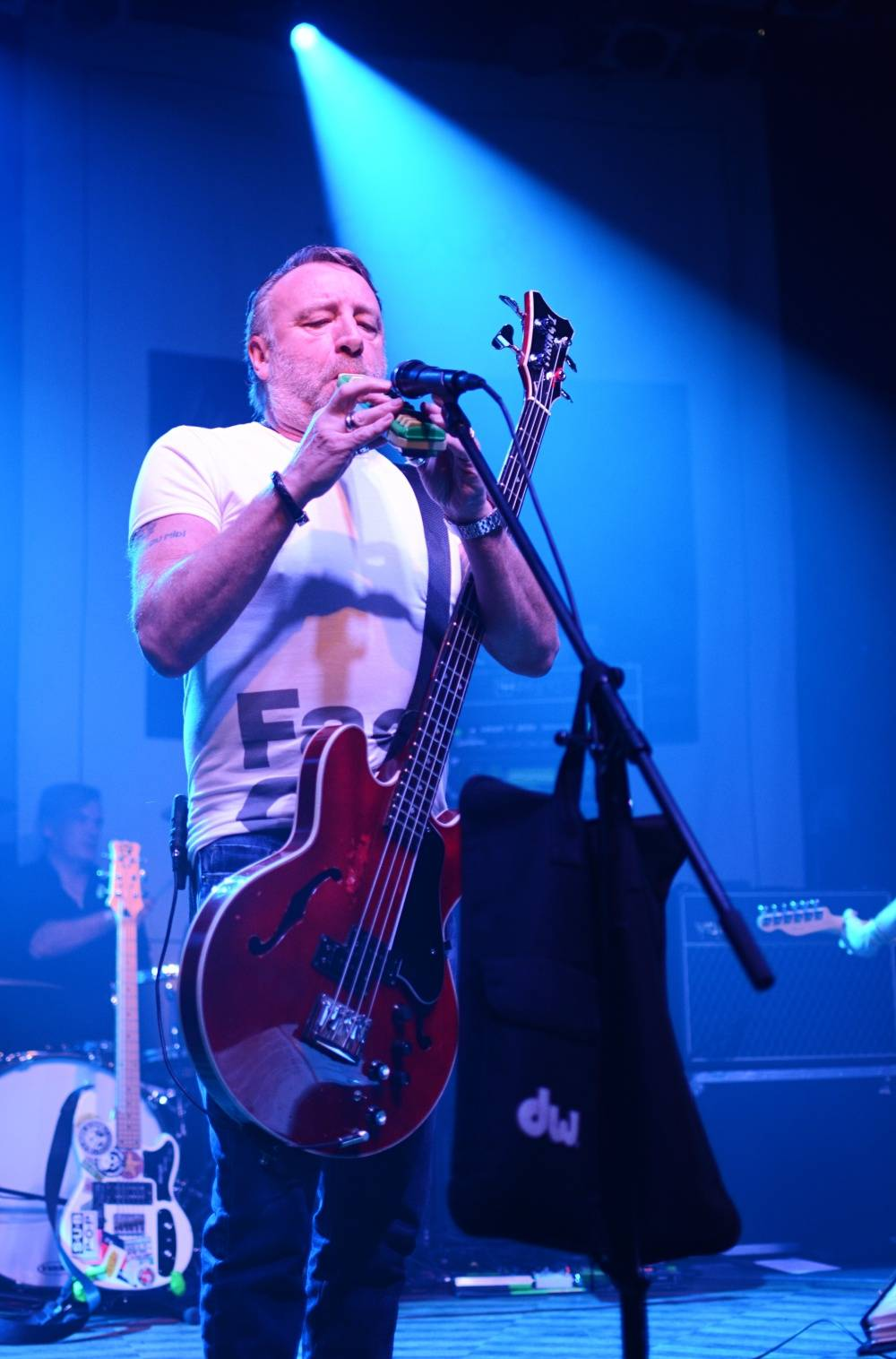 LIVE: Peter Hook & The Light cestovali časem a křísili Iana Curtise