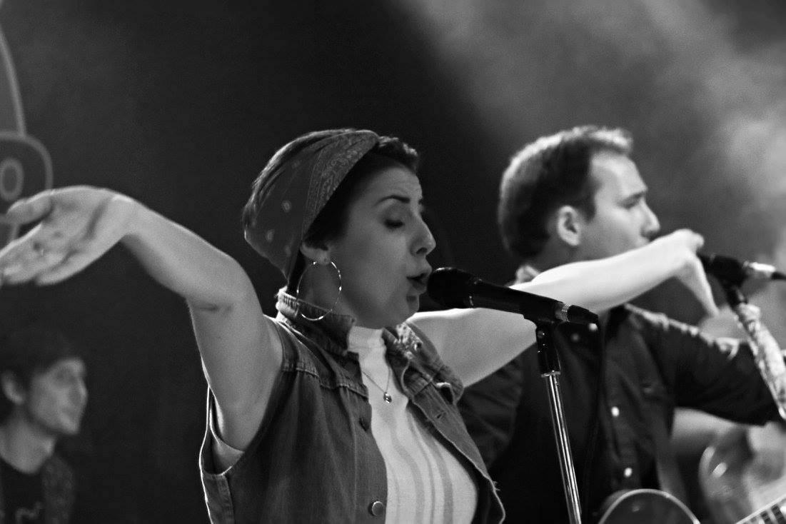 LIVE: Gentle Irony předvedli brněnskému Metru svou hudební i divadelní stránku