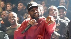 RECENZE: Jmenuj génia, který není šílený. Kanye West to určitě není