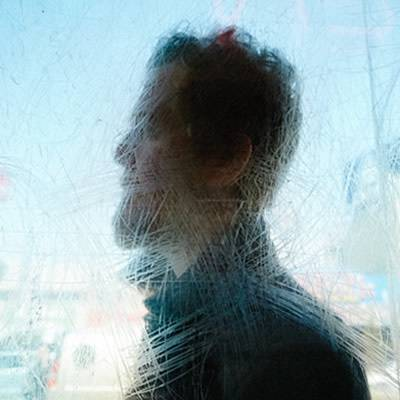 RECENZE: Glen Hansard napsal soundtrack pro všechny tuláky. Folku přidává novou uměleckou hodnotu