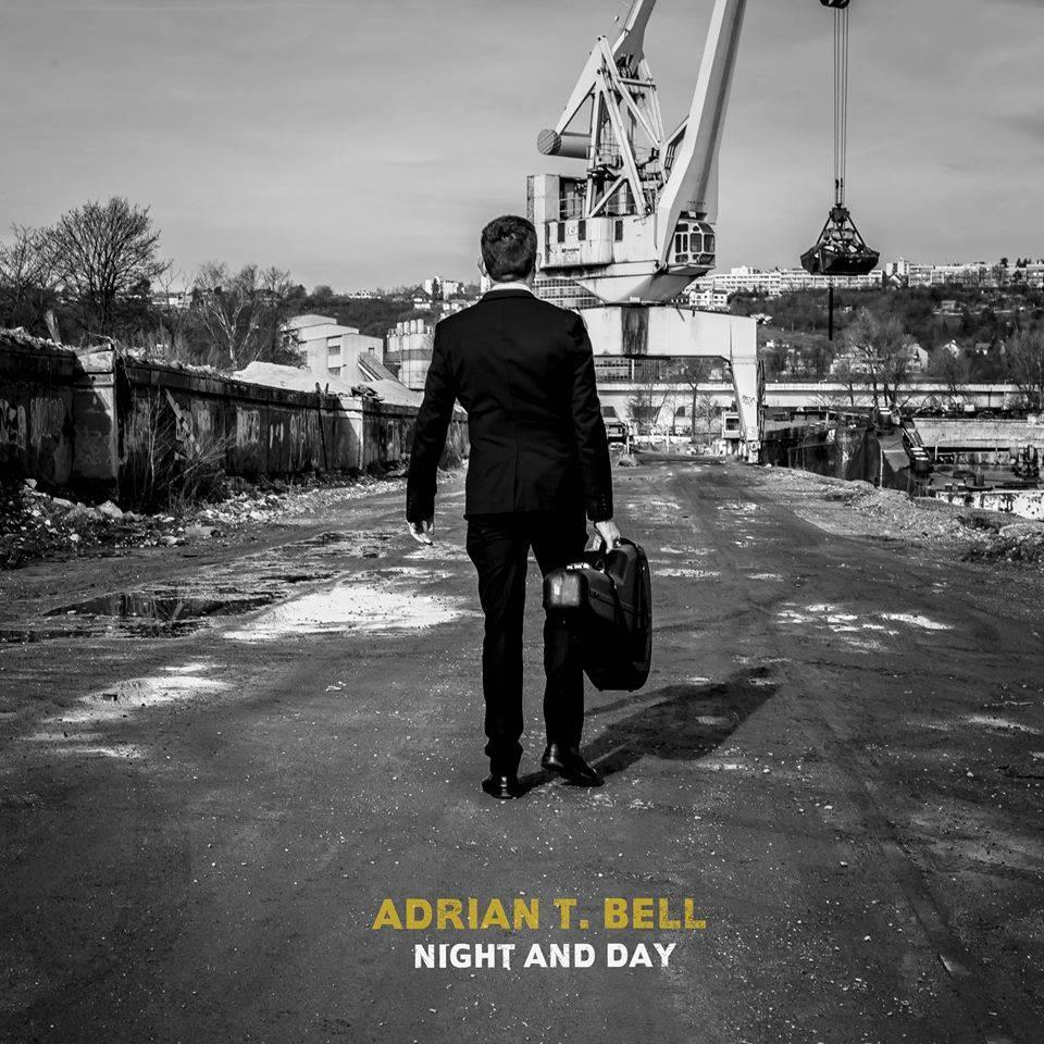 RECENZE: Adrian T. Bell smeká klobouk minulosti a staví se čelem současnosti