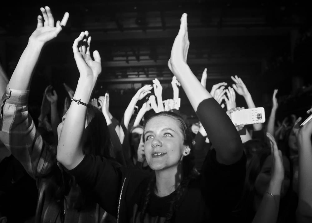 LIVE: Kygo roztančil Forum Karlín, o nic víc ale nešlo