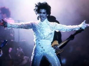 RETRO: Prince předvedl v New Yorku v roce 1998 Jam Of The Year. Byli u toho Roman Holý a Zdeněk Suchý