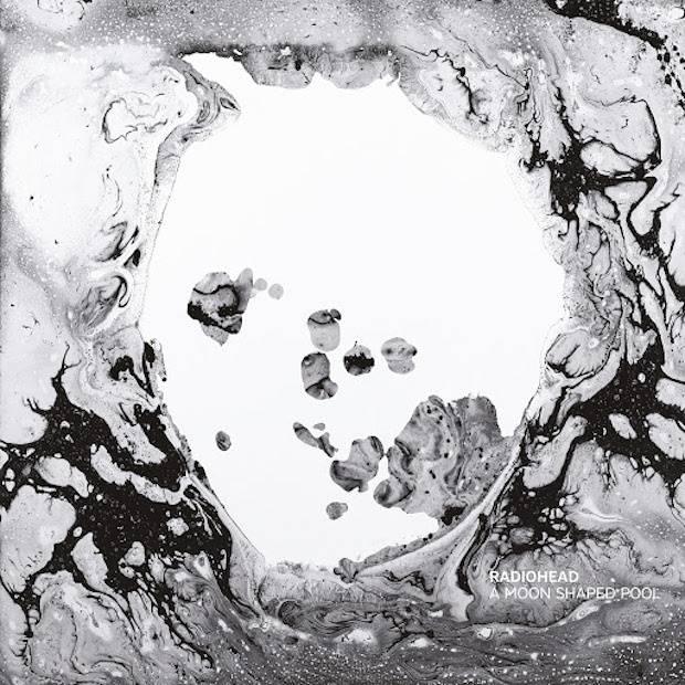 RECENZE: V bazénu Radiohead plave celý jeden svět