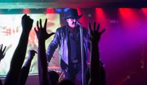 LIVE: Vanessa předvedla v Rock Café návrat ke kořenům
