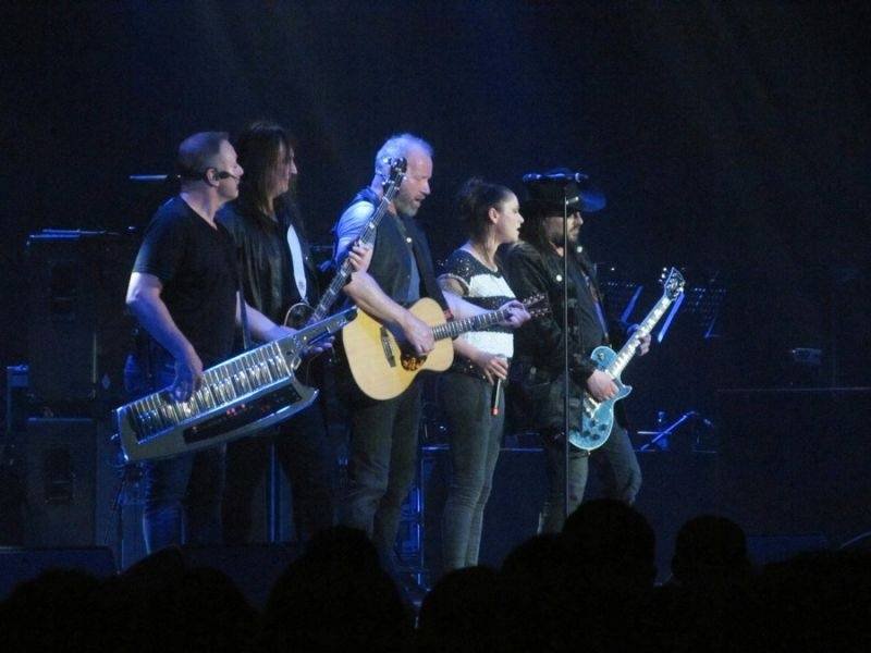 LIVE: Fanoušci Lucie dostali v Bratislavě zase ty největší hity. Už by to ale chtělo novinky