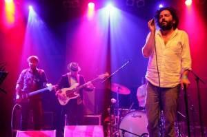 LIVE: Destroyer přenesl allenovskou romantiku na pódium klubu