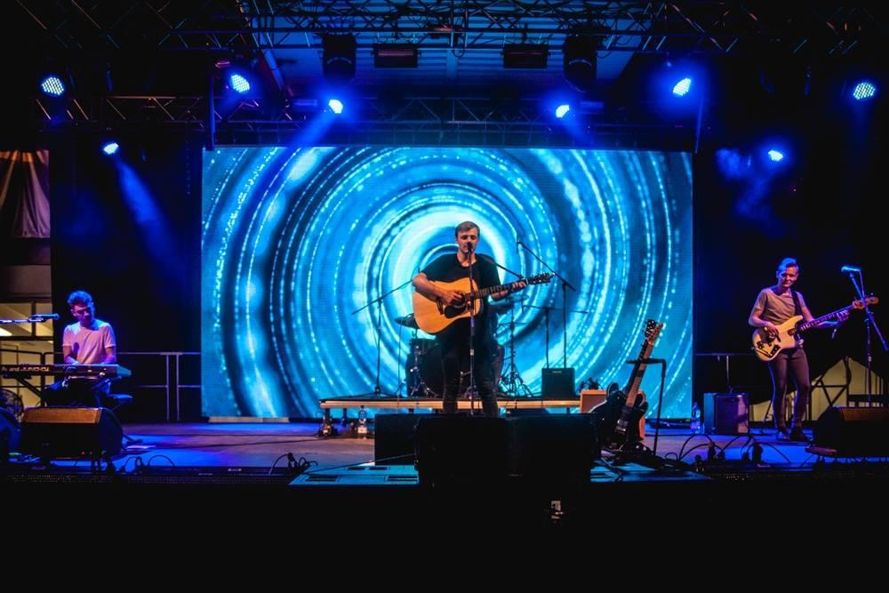 LIVE: Metronome se na startu potýkal s technikou, zahraniční hvězdy zastínili excelentní Mydy Rabycad