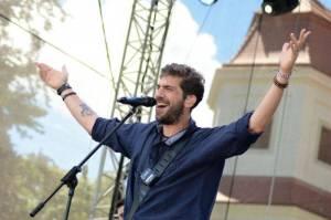 LIVE: Nebe a Jelen podpořili koncerty evropský fotbalový šampionát