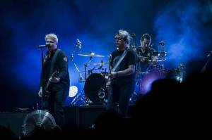 LIVE: Offspring na Rock for People moc nemluvili, pod pódiem to přesto žilo