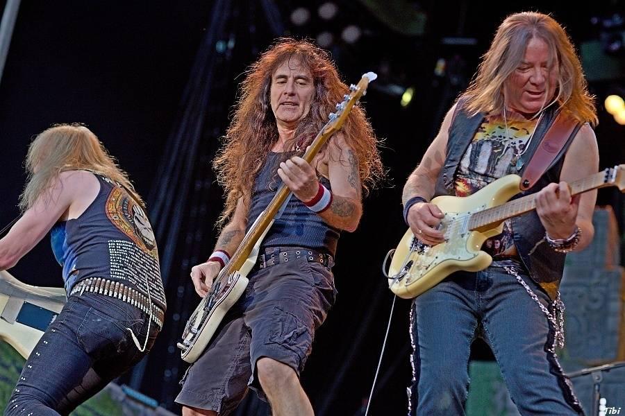 LIVE: Iron Maiden přijeli do Prahy s novým albem, ale po starých kolejích