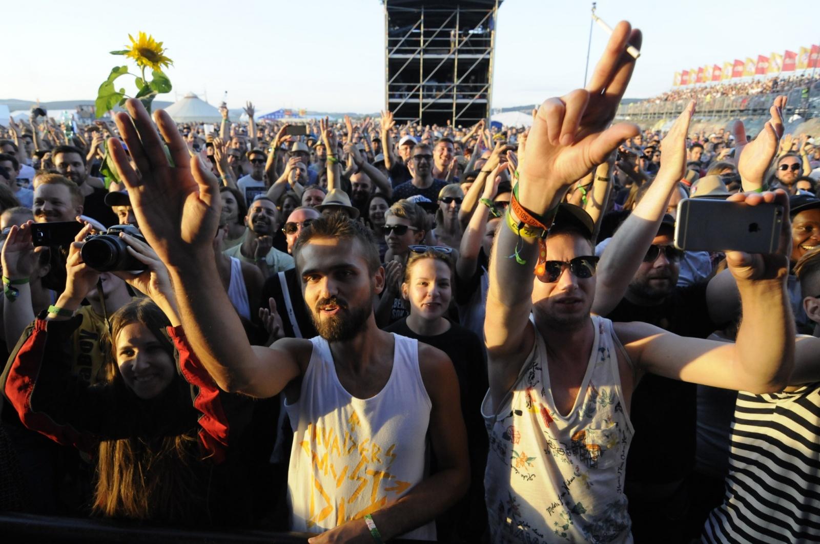 LIVE: Pohoda vrcholila s vizuální hrou Prodigy, nejvíc překvapily rockerky Savages