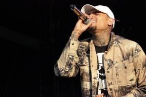 LIVE: Chris Brown měl na Balaton Sound úspěch. Pomohl mu tanec a vypracované tělo