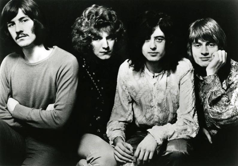 RETRO: Jak Robert Plant a Jimmy Page v roce 1998 v Praze křísili ducha Led Zeppelin